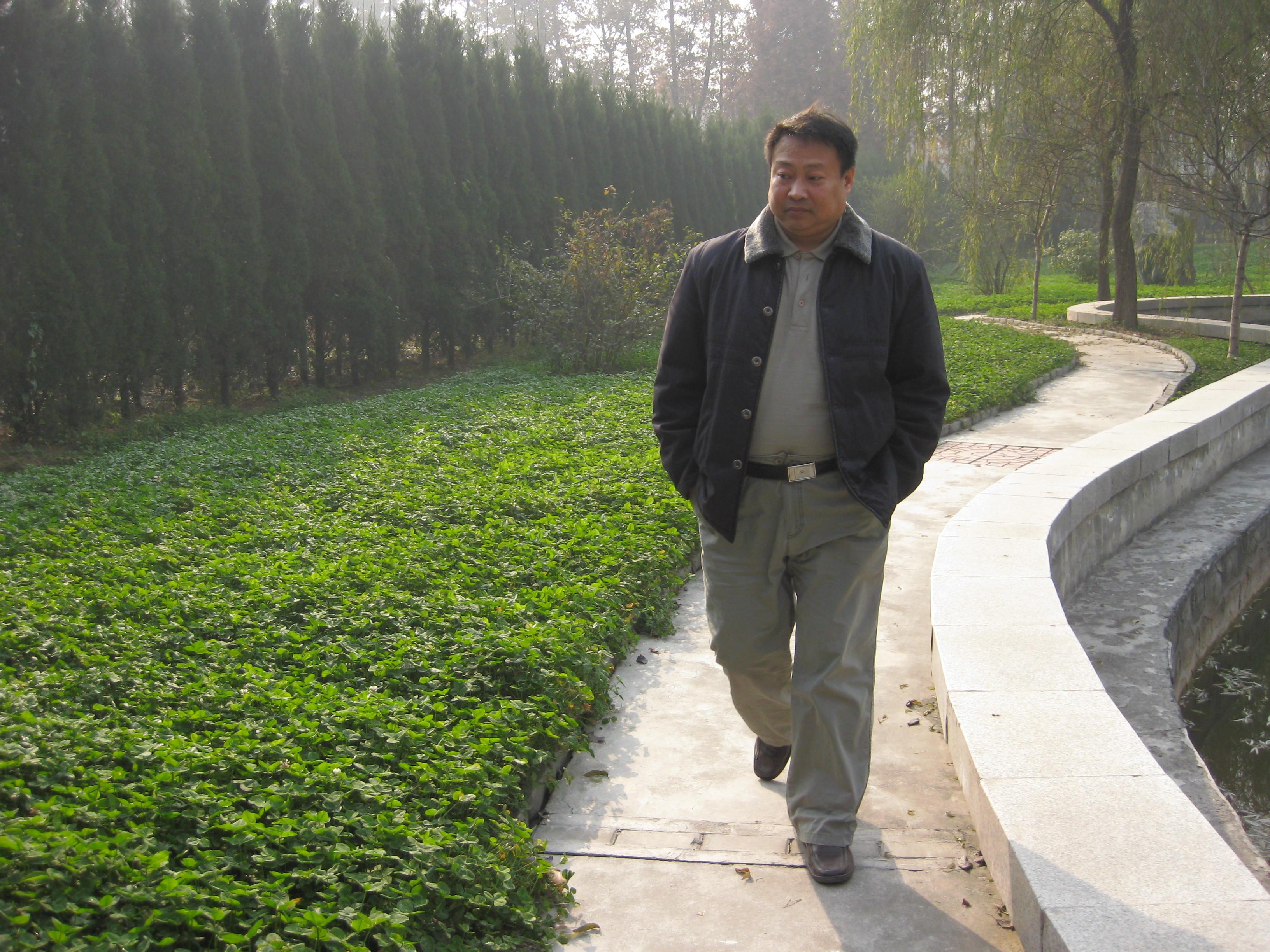 白桦林资料照片_陕西西安征婚交友_珍爱网