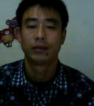 37岁离异男征婚照片(id:62754706)