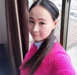 梁紫晨淘宝模特