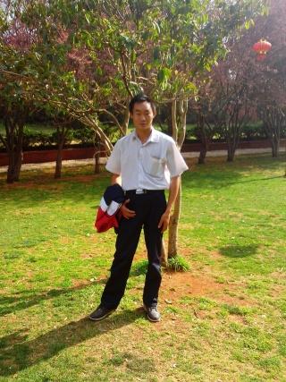 成熟男人资料照片_云南西双版纳傣族自治州征婚交友